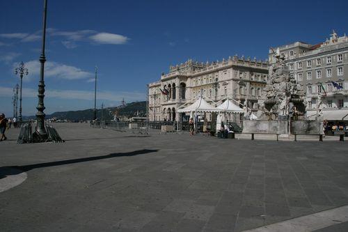 Piazza Unita